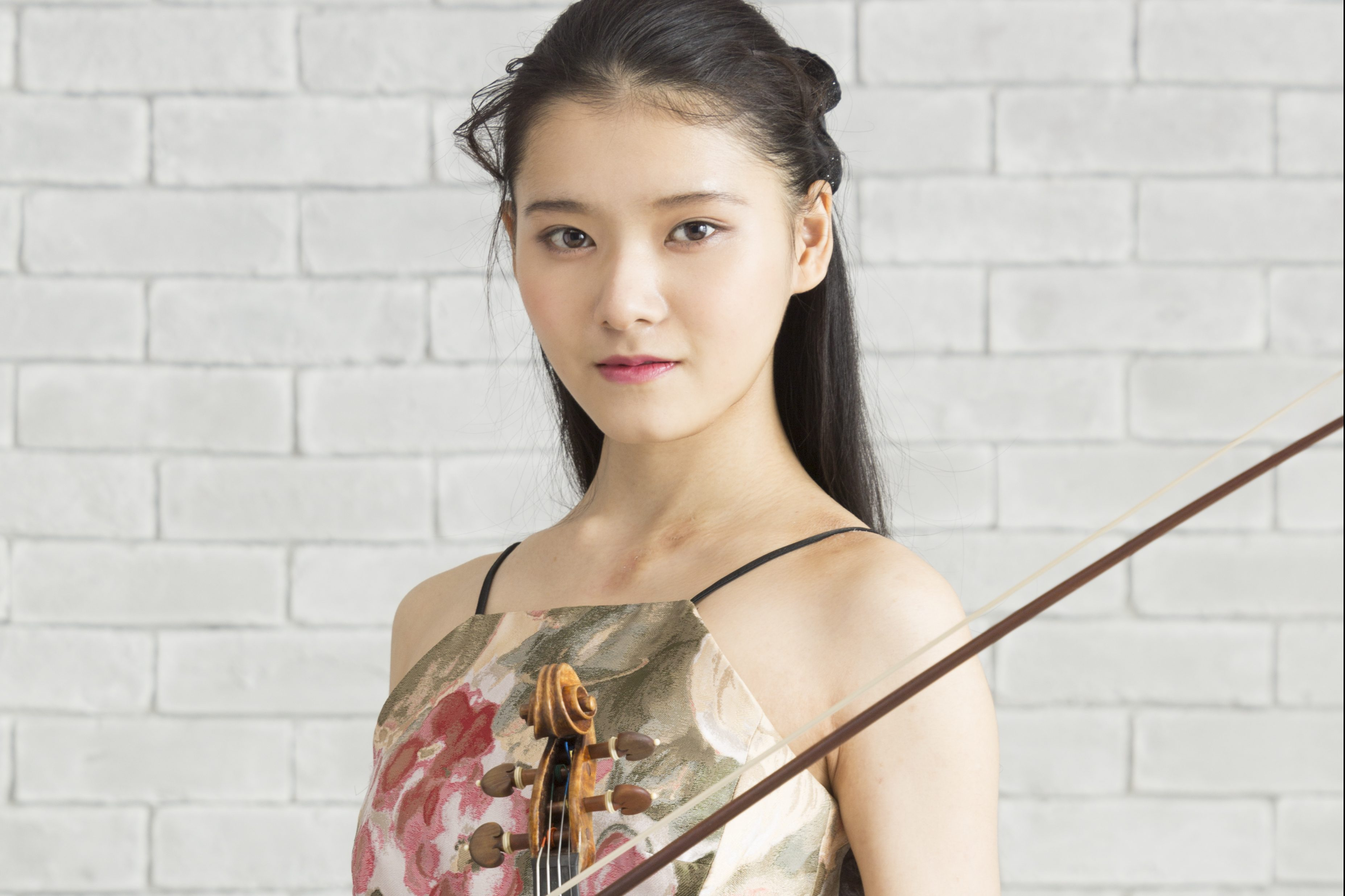 Moné Hattori performs Vivaldi's Four Seasons with the Tokyo Symphony Orchestra